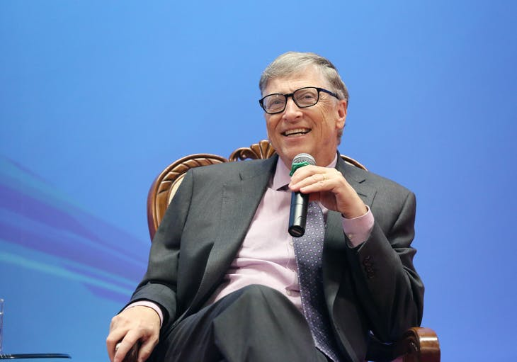 Microsoft co-founder Bill Gates speaks at Peking University in Beijing, China March 24, 2017. Picture taken March 24, 2017. REUTERS/Stringer ATTENTION EDITORS - THIS IMAGE WAS PROVIDED BY A THIRD PARTY. EDITORIAL USE ONLY. CHINA OUT. NO COMMERCIAL OR EDITORIAL SALES IN CHINA. - RTX32NJ8