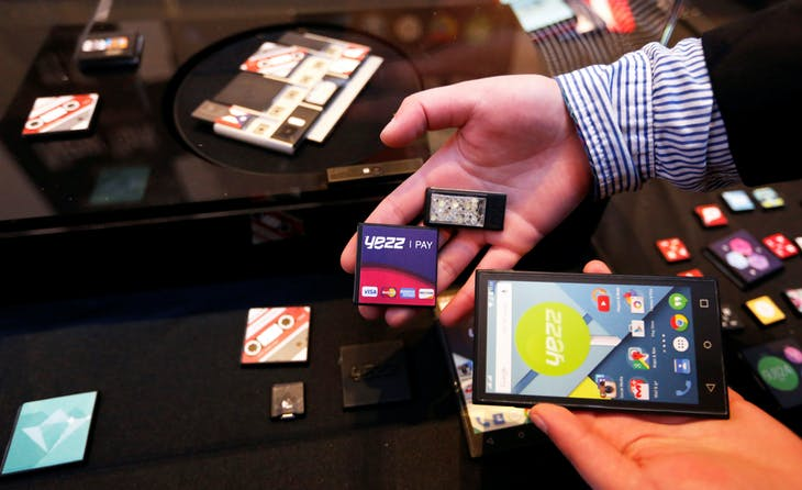 FILE PHOTO - Prototype modular parts created by Yezz Mobile for Project Ara, Google's modular smartphone project, are shown during the Mobile World Congress in Barcelona, Spain March 1, 2015. REUTERS/Gustau Nacarino/File Photo - RTX2NUK8