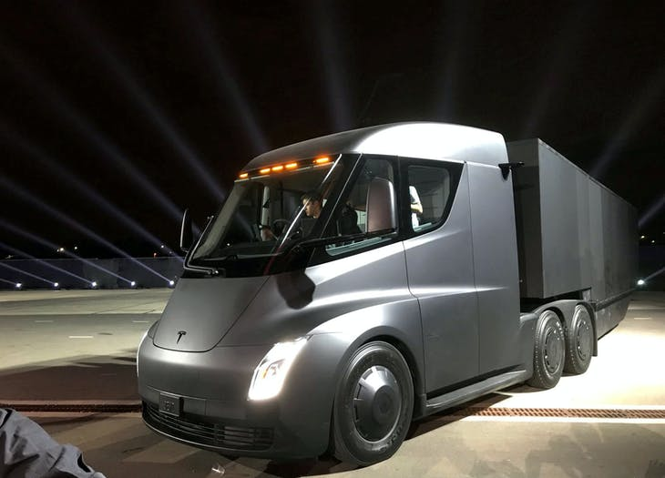 Tesla's new electric semi truck is unveiled during a presentation in Hawthorne, California, U.S., November 16, 2017. REUTERS/Alexandria Sage     TPX IMAGES OF THE DAY - RC15F4FE6F70